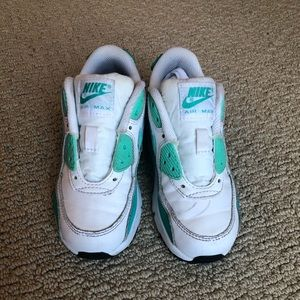 ✨Teal and Mint Green Air Max! Children's Size 11c!